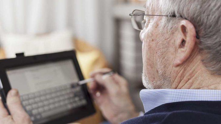 Nuevas tecnologías y personas mayores