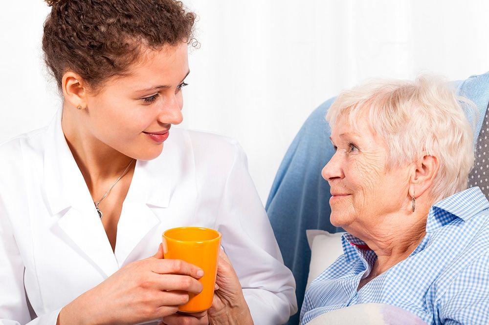 Cuidado de personas mayores en fin de semana