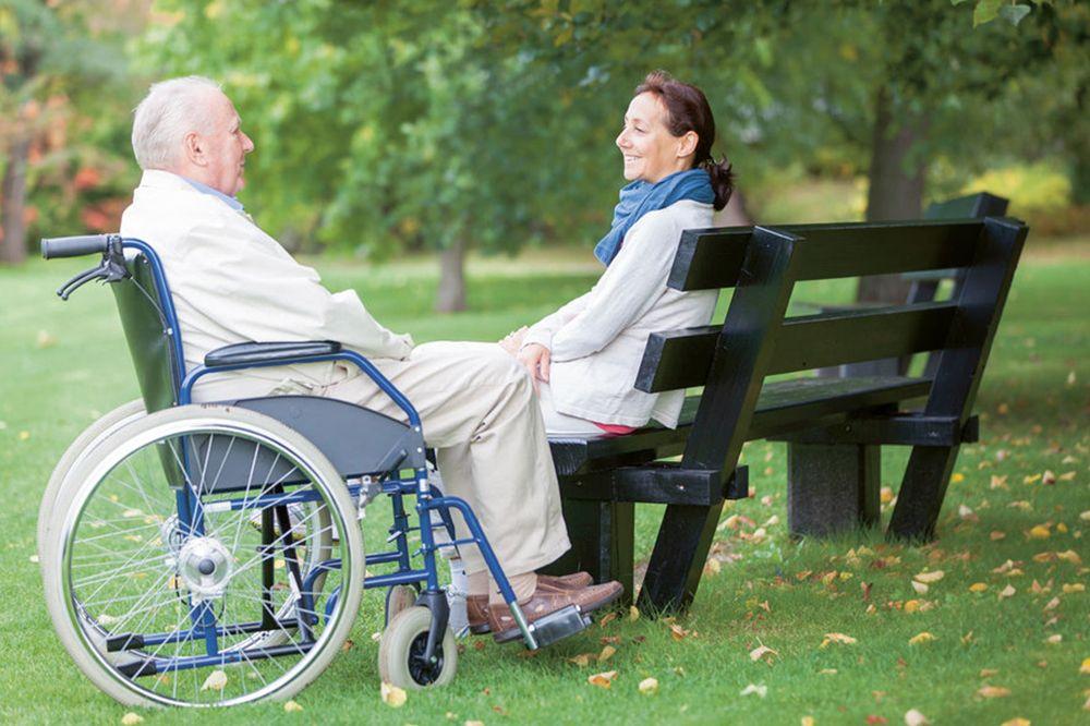 Cuidadores de adultos mayores a domicilio