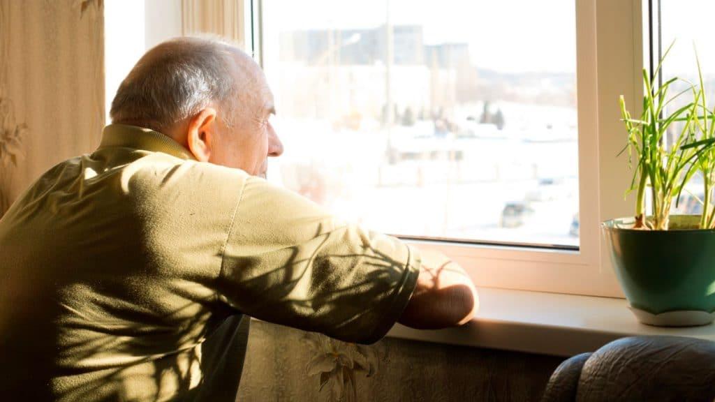 Cómo combatir la soledad: consejos para la desescalada
