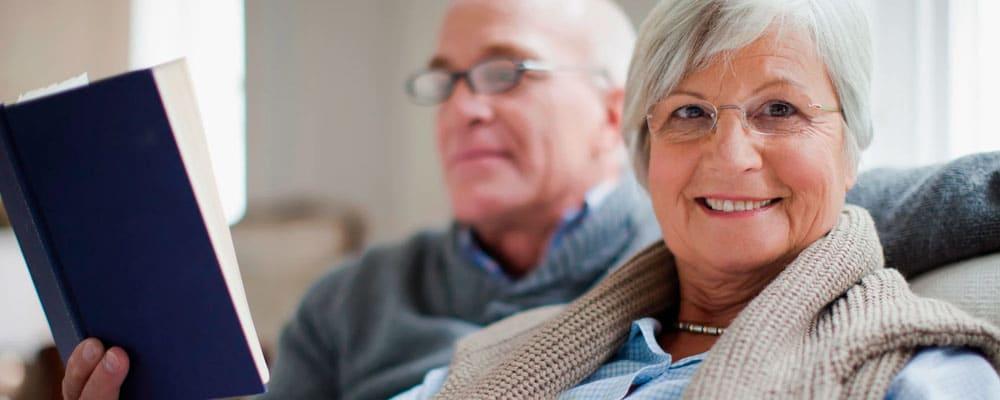 Libros para personas mayores: cómo elegirlos