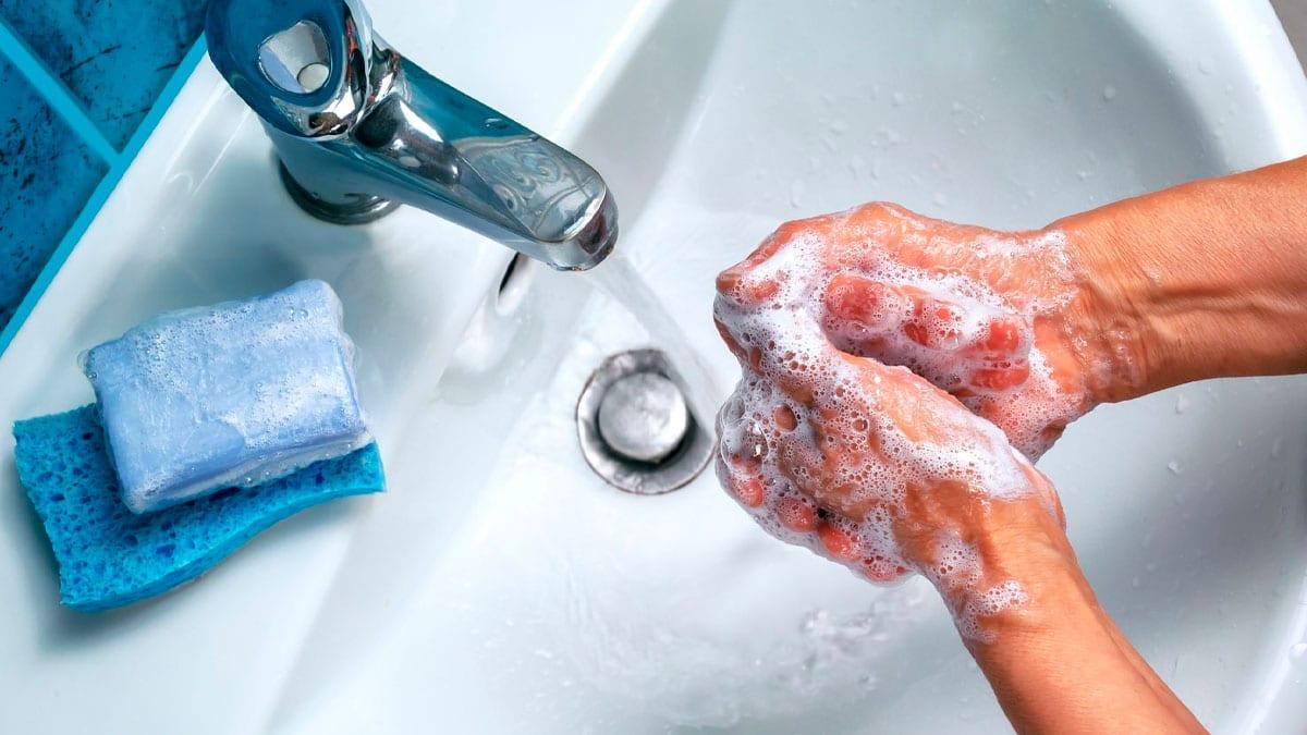 Cómo realizar una correcta desinfección de manos